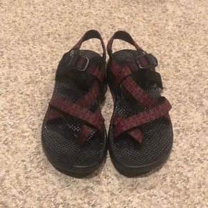 Chaco ZX/2 Red burgundy H20 Trail USA sandals 8